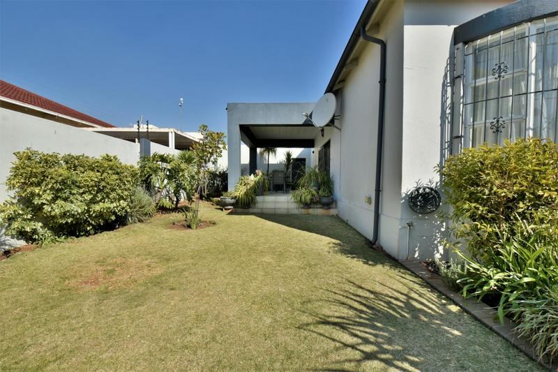Property For Sale in The Hill, Johannesburg 22