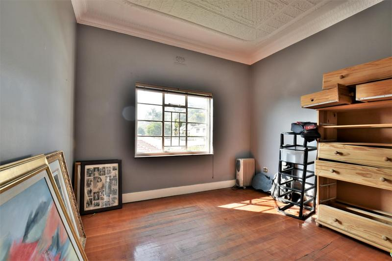 Property For Sale in Fairwood, Johannesburg 13