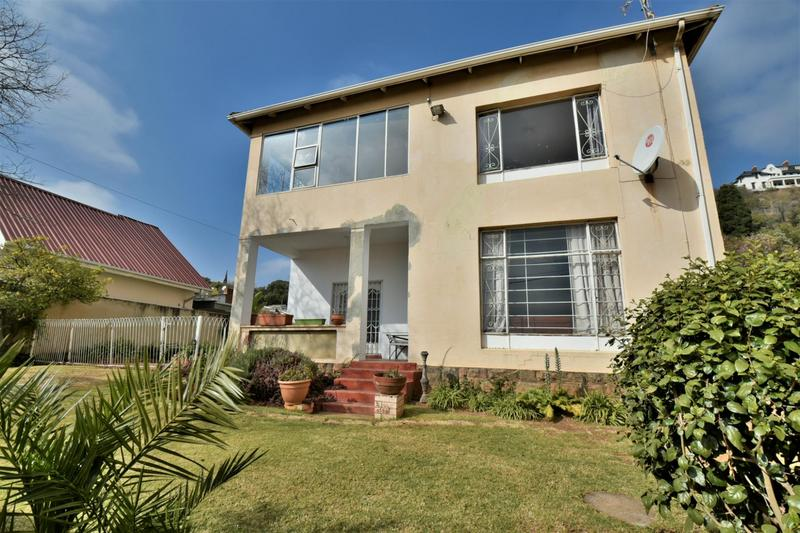 Property For Sale in Fairwood, Johannesburg 16