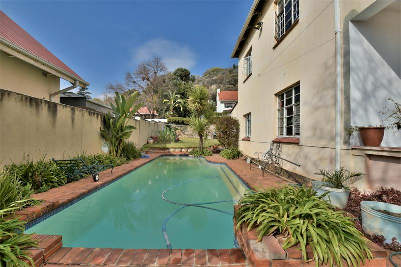 Property For Sale in Fairwood, Johannesburg 2