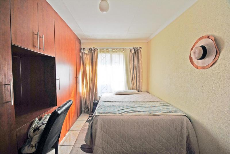 Property For Sale in Ormonde, Johannesburg 17