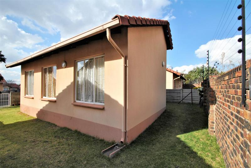Property For Sale in Ormonde, Johannesburg 21