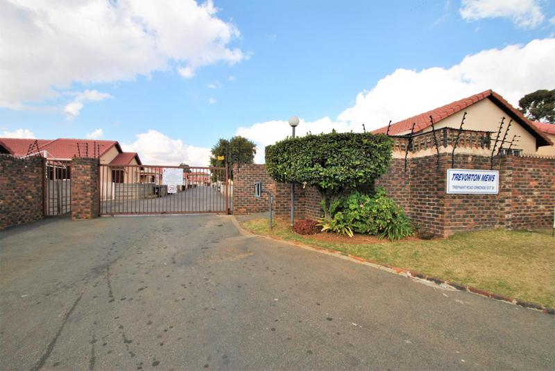 Property For Sale in Ormonde, Johannesburg 23