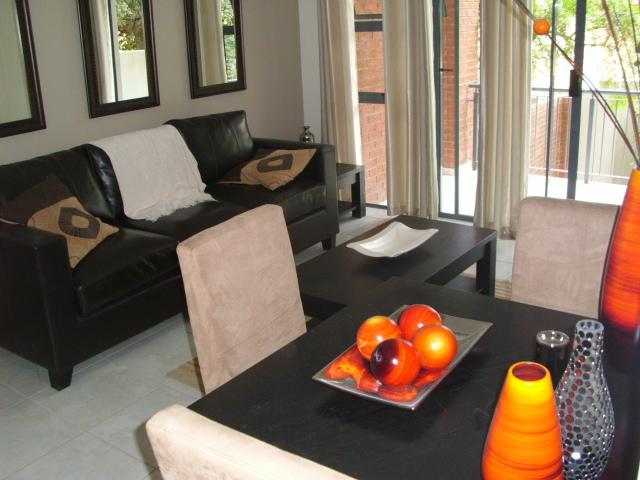 Apartment / Flat For Sale in Radiokop, Roodepoort