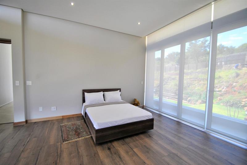 Property For Sale in Bassonia, Johannesburg 18