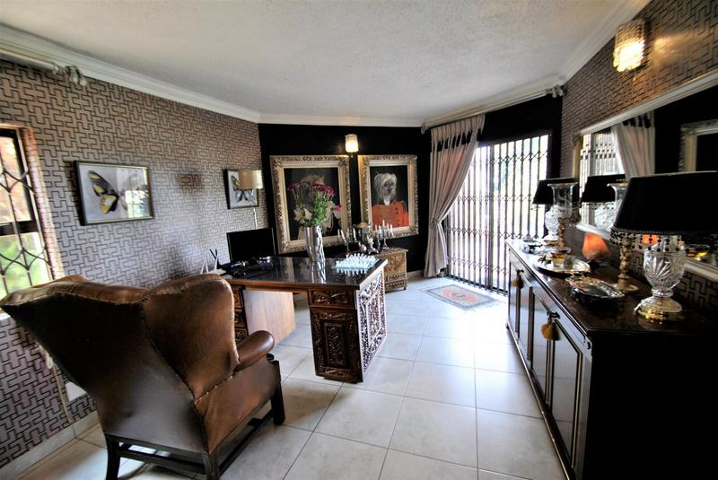 Property For Sale in Bassonia, Johannesburg 20