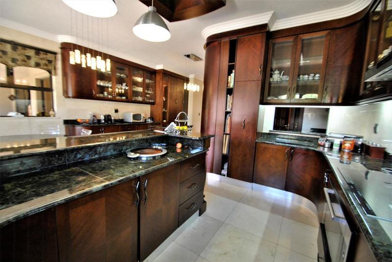 Property For Sale in Bedfordview, Bedfordview 18