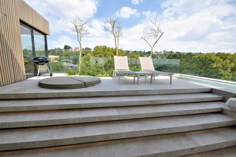 Property For Sale in Houghton, Johannesburg 34
