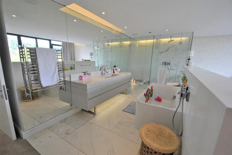 Property For Sale in Houghton, Johannesburg 37