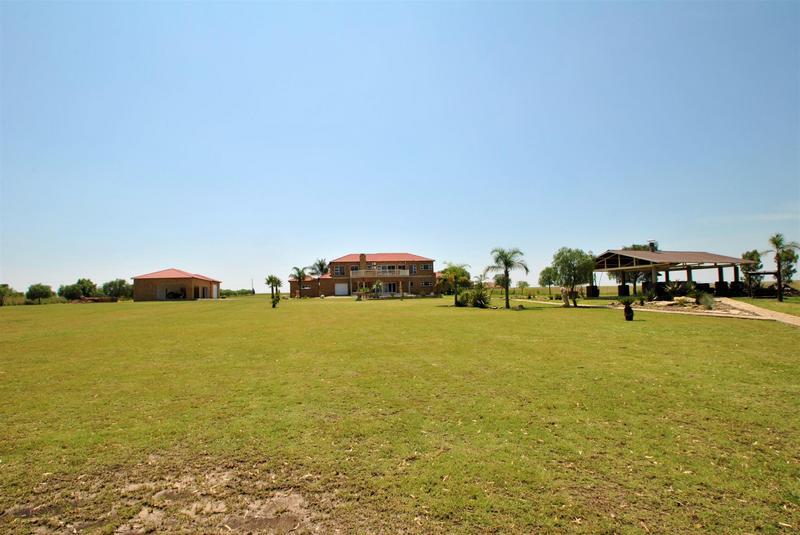 Property For Sale in Oranjeville, Oranjeville 34