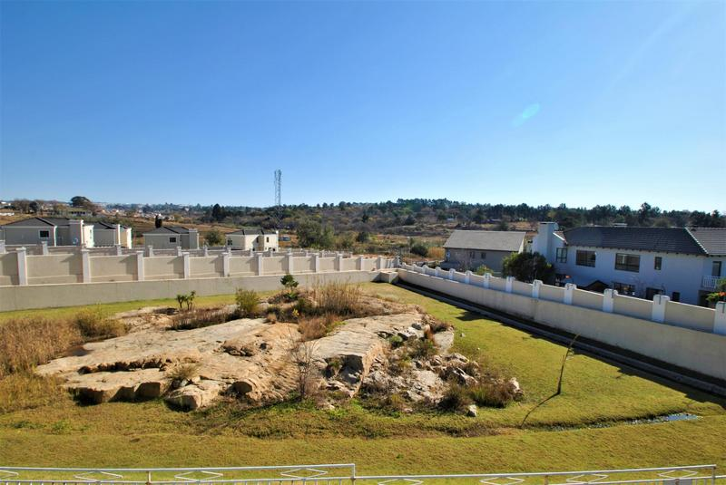 Property For Sale in Fourways, Sandton 22