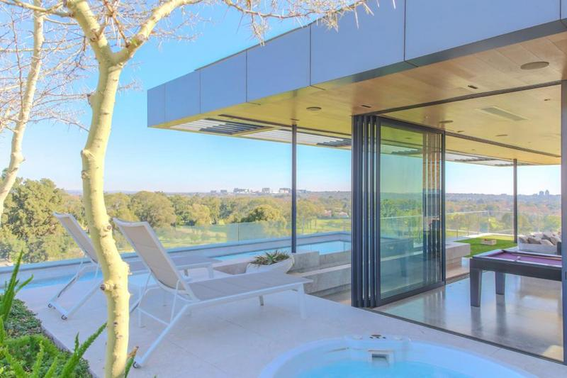 Property For Sale in Houghton, Johannesburg 22