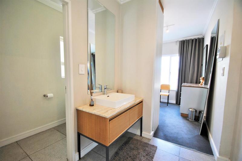 Property For Sale in Melrose North, Johannesburg 12