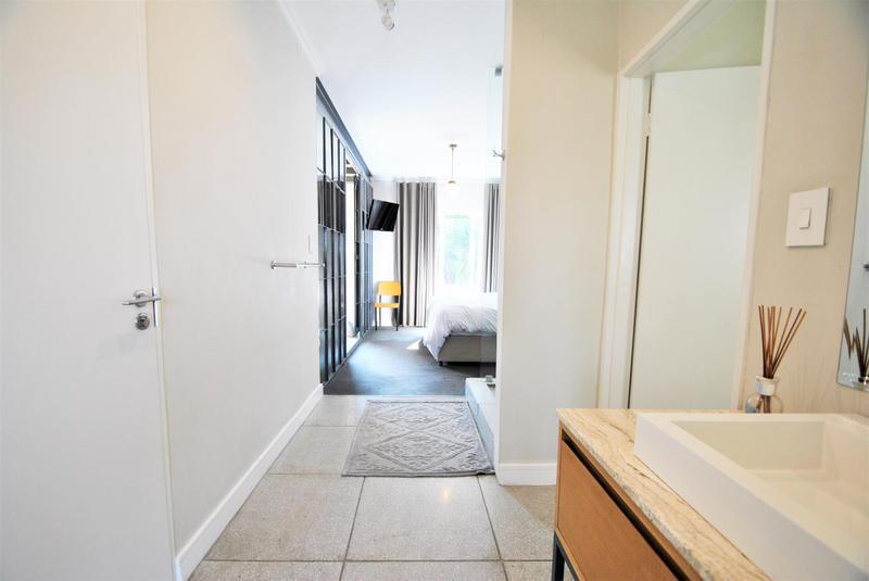 Property For Sale in Melrose North, Johannesburg 13