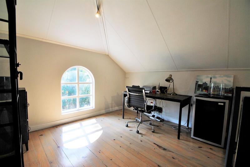 Property For Sale in Melrose North, Johannesburg 20