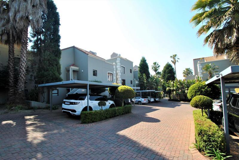 Property For Sale in Melrose North, Johannesburg 22
