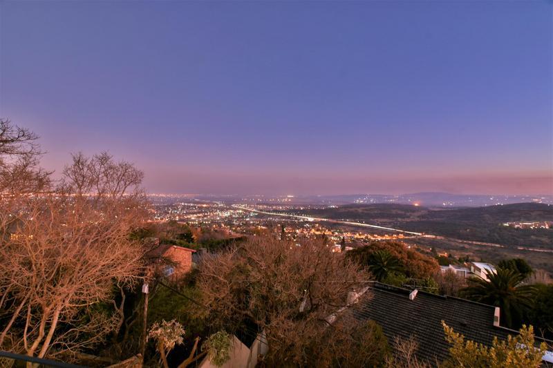 Property For Sale in Glenvista, Johannesburg 55