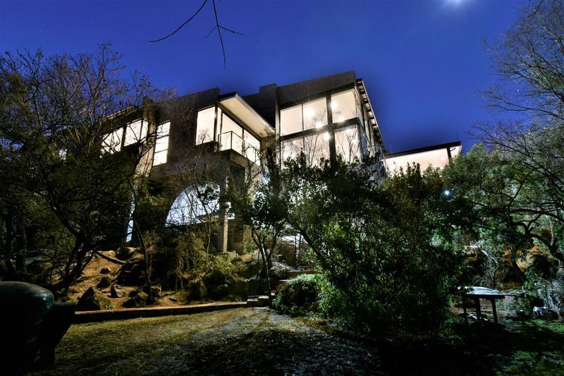 Property For Sale in Glenvista, Johannesburg 62