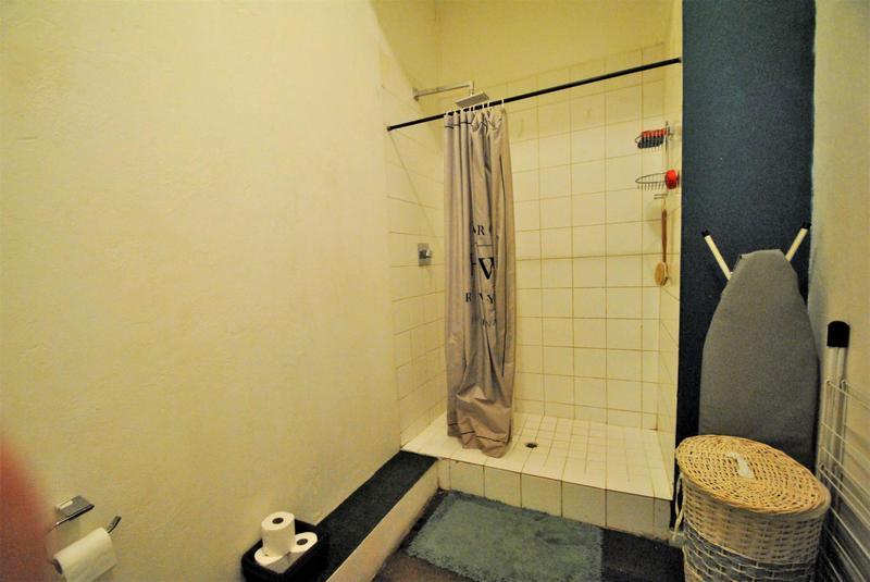 Property For Sale in Maboneng, Johannesburg 8