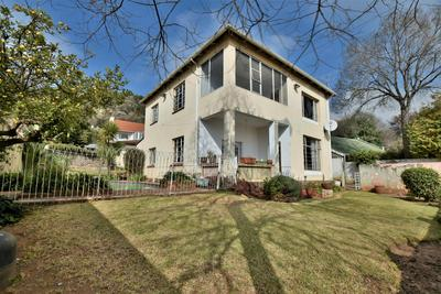 Property For Sale in Fairwood, Johannesburg