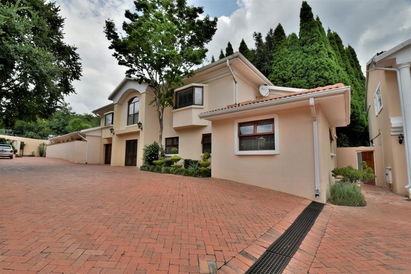 Property For Sale in Sandhurst, Sandton 2