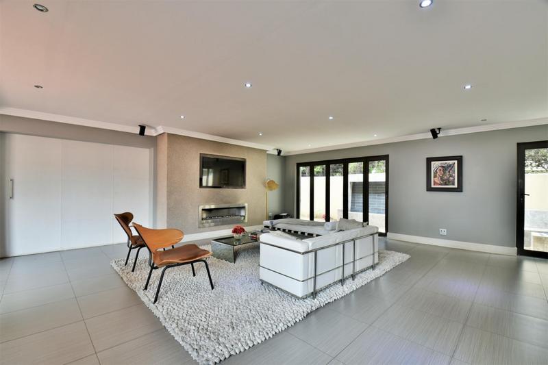 Property For Sale in Sandhurst, Sandton 7