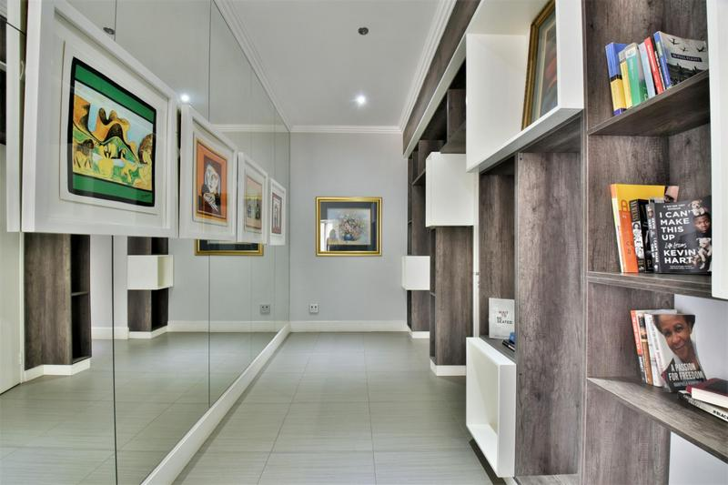 Property For Sale in Sandhurst, Sandton 14