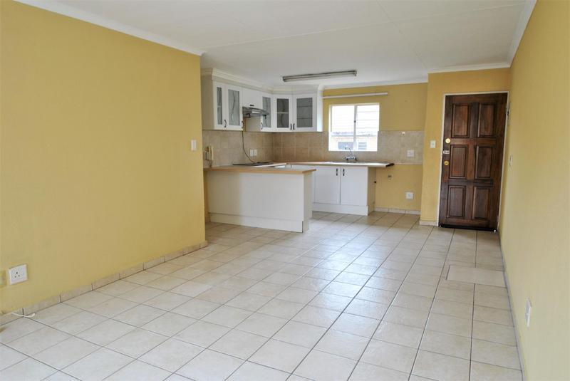 Property For Sale in Liefde En Vrede, Johannesburg 6