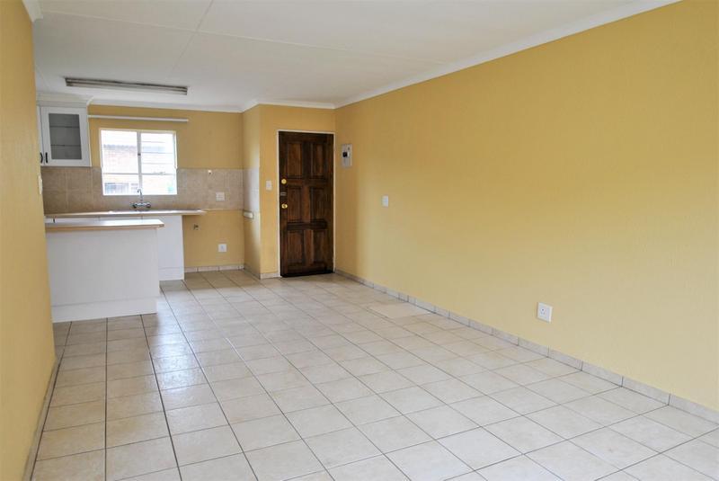 Property For Sale in Liefde En Vrede, Johannesburg 7