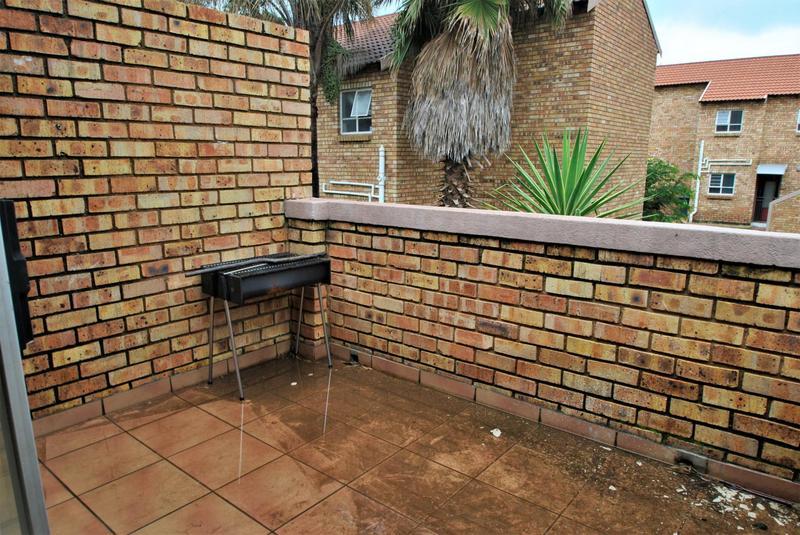 Property For Sale in Liefde En Vrede, Johannesburg 8