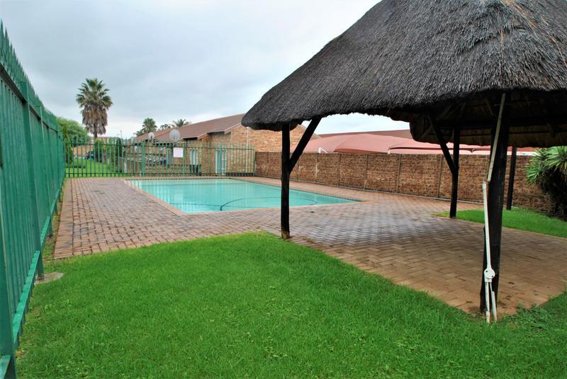 Property For Sale in Liefde En Vrede, Johannesburg 15