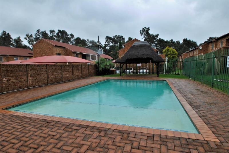 Property For Sale in Liefde En Vrede, Johannesburg 16