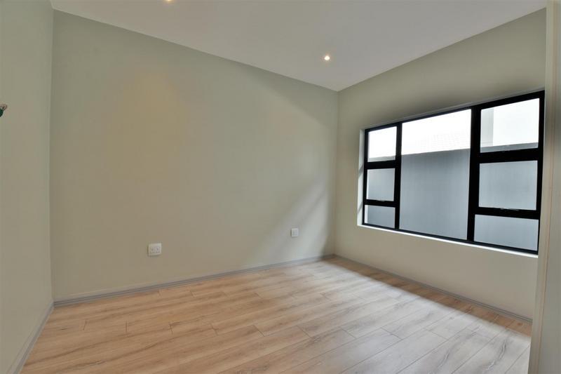 Property For Sale in Bedfordview, Bedfordview 9