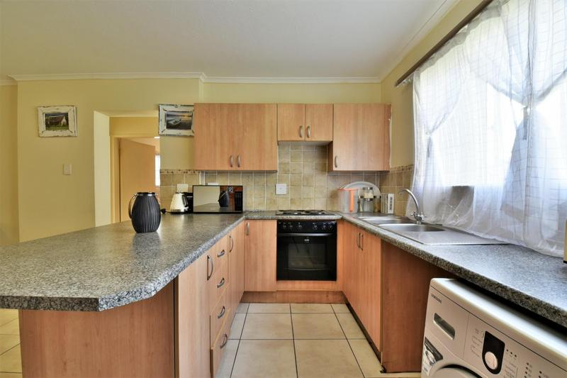 Property For Sale in Meredale, Johannesburg 5