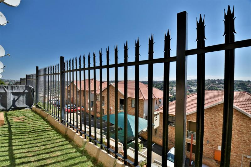 Property For Sale in Winchester Hills, Johannesburg 7