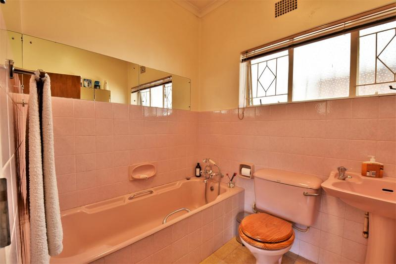 Property For Sale in South Crest, Alberton 12