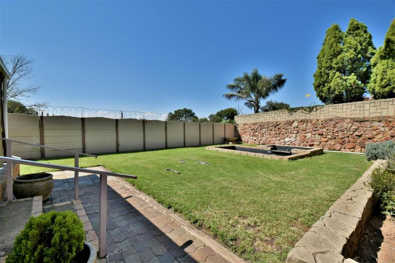 Property For Sale in South Crest, Alberton 16