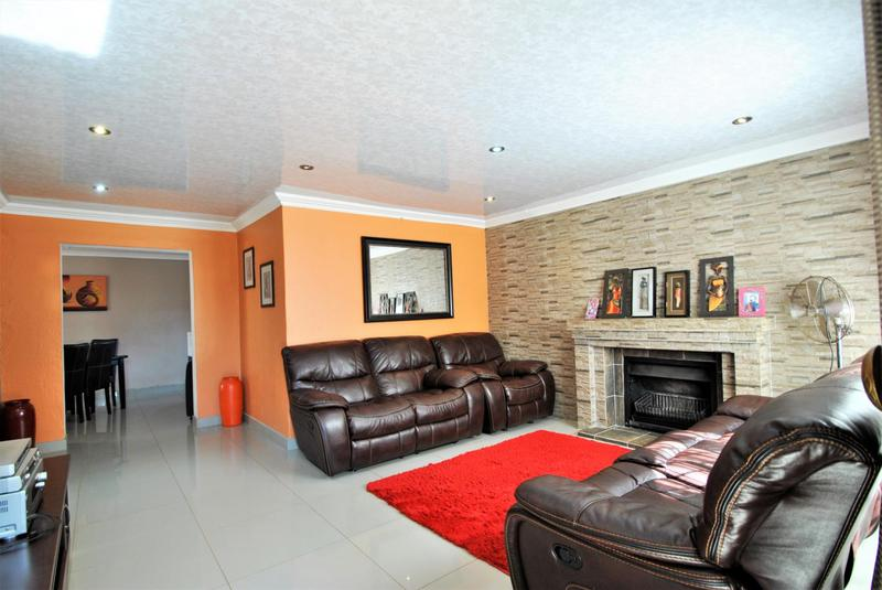 Property For Sale in Lawley, Johannesburg 4