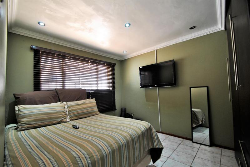 Property For Sale in Lawley, Johannesburg 7