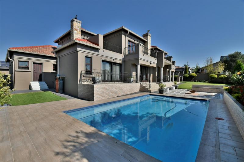 Property For Sale in Willowbrook, Roodepoort 2