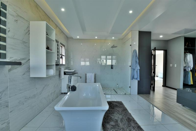Property For Sale in Willowbrook, Roodepoort 37