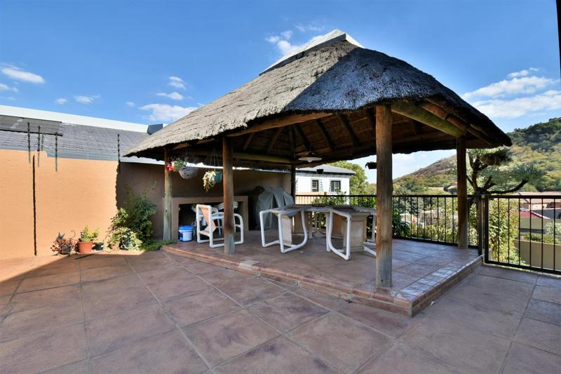 Property For Sale in Bassonia, Johannesburg 24