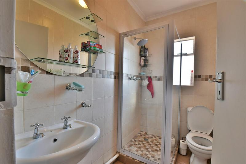 Property For Sale in Forest Hill, Johannesburg 10