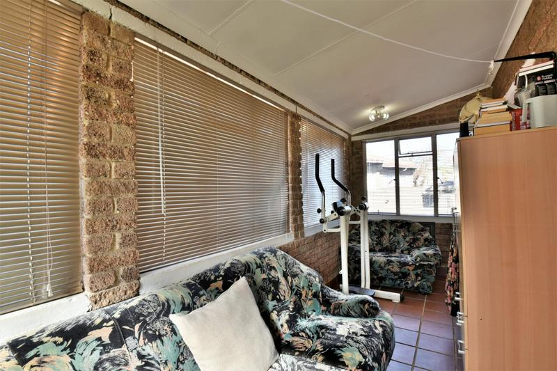 Property For Sale in Forest Hill, Johannesburg 12