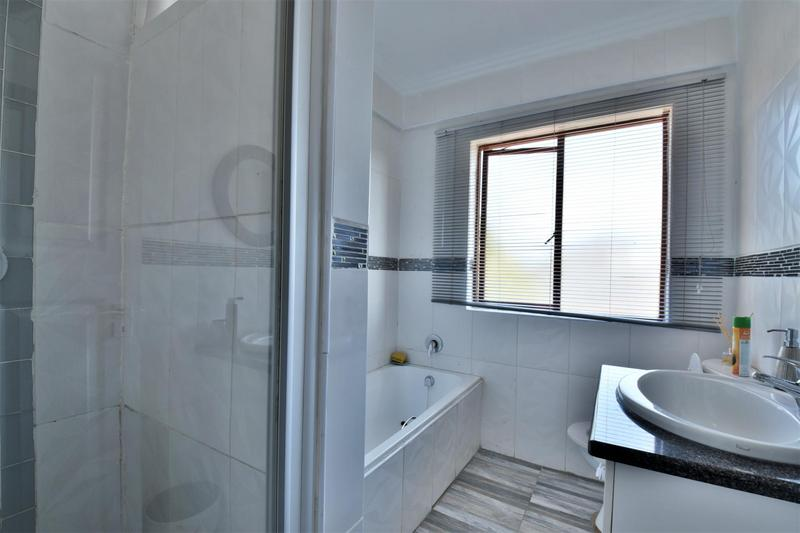 Property For Sale in Willowbrook, Roodepoort 14