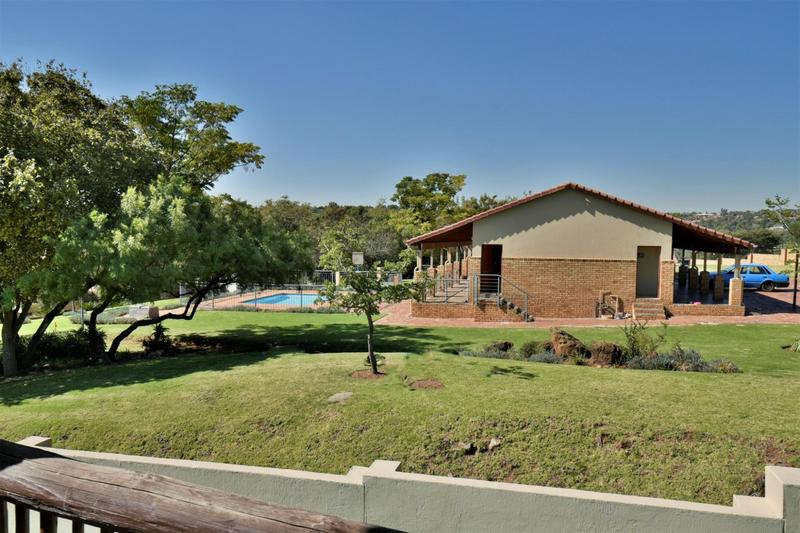 Property For Sale in Willowbrook, Roodepoort 17