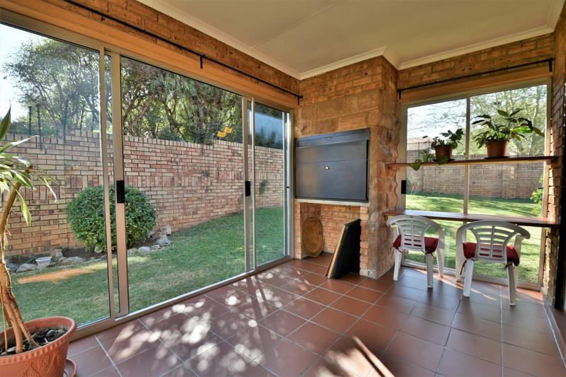 Property For Sale in Craigavon, Sandton 13
