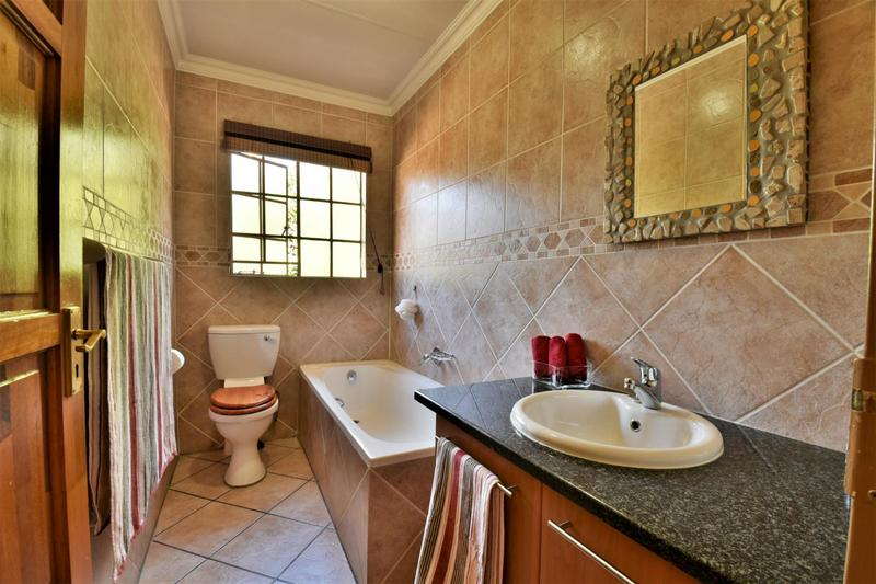 Property For Sale in Craigavon, Sandton 14