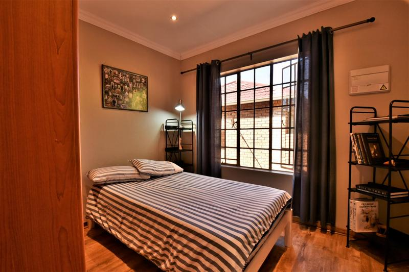 Property For Sale in Craigavon, Sandton 15