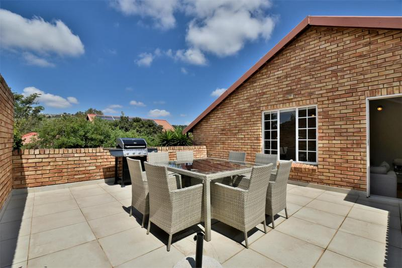 Cluster House For Sale in Fairland, Johannesburg